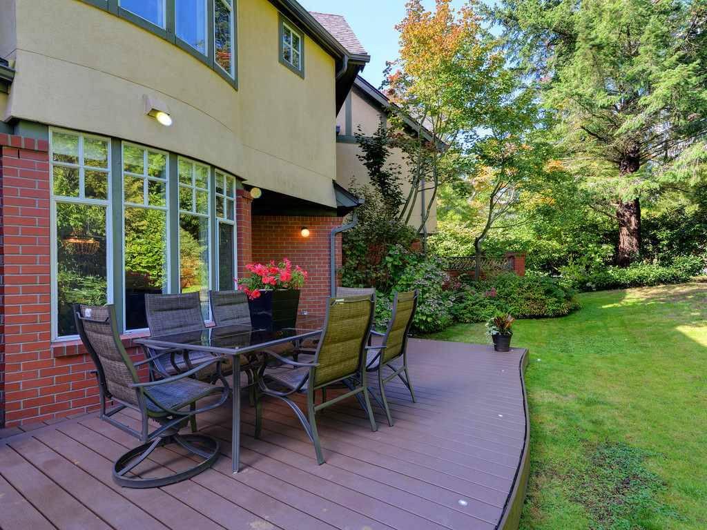 Buliding: 5880 Hampton Place, Vancouver, BC