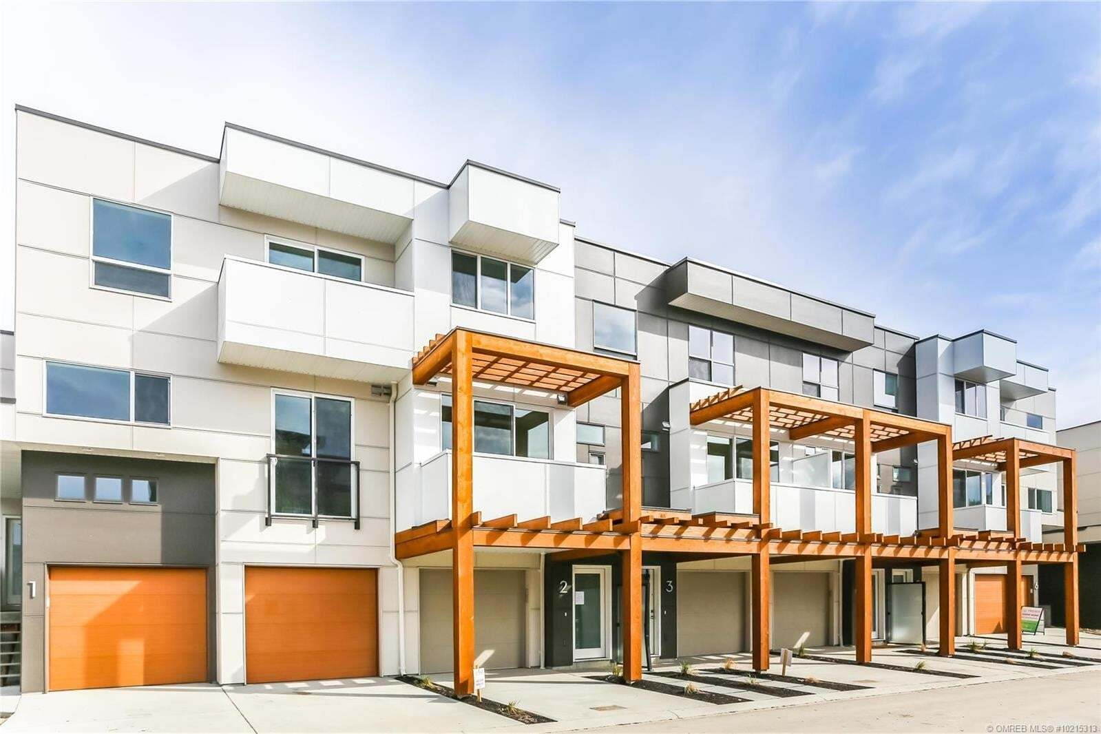 Townhouse for sale at 720 Valley Rd Unit 6 Kelowna British Columbia - MLS: 10215313