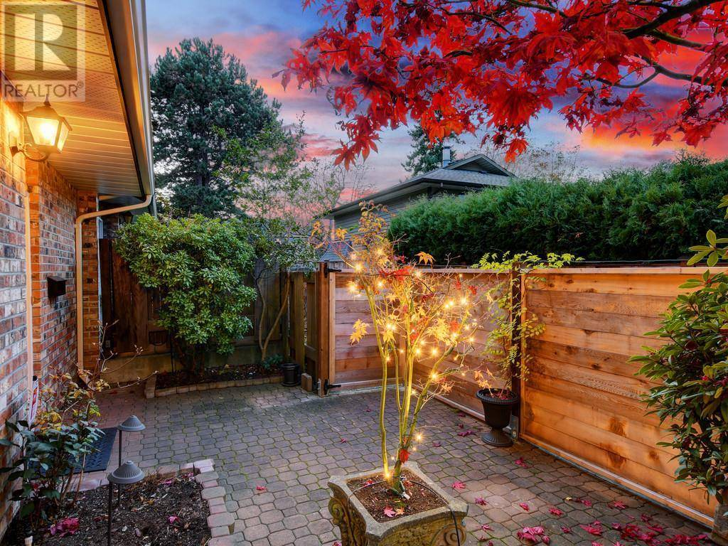 Townhouse for sale at 949 Pemberton Rd Unit 6 Victoria British Columbia - MLS: 417655