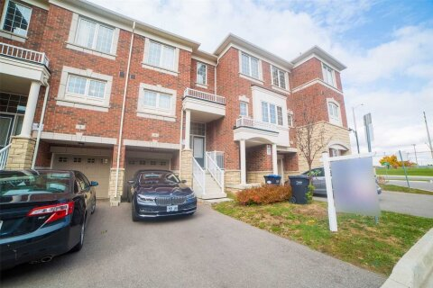 Townhouse for rent at 6 Abercove Clse Brampton Ontario - MLS: W5072863
