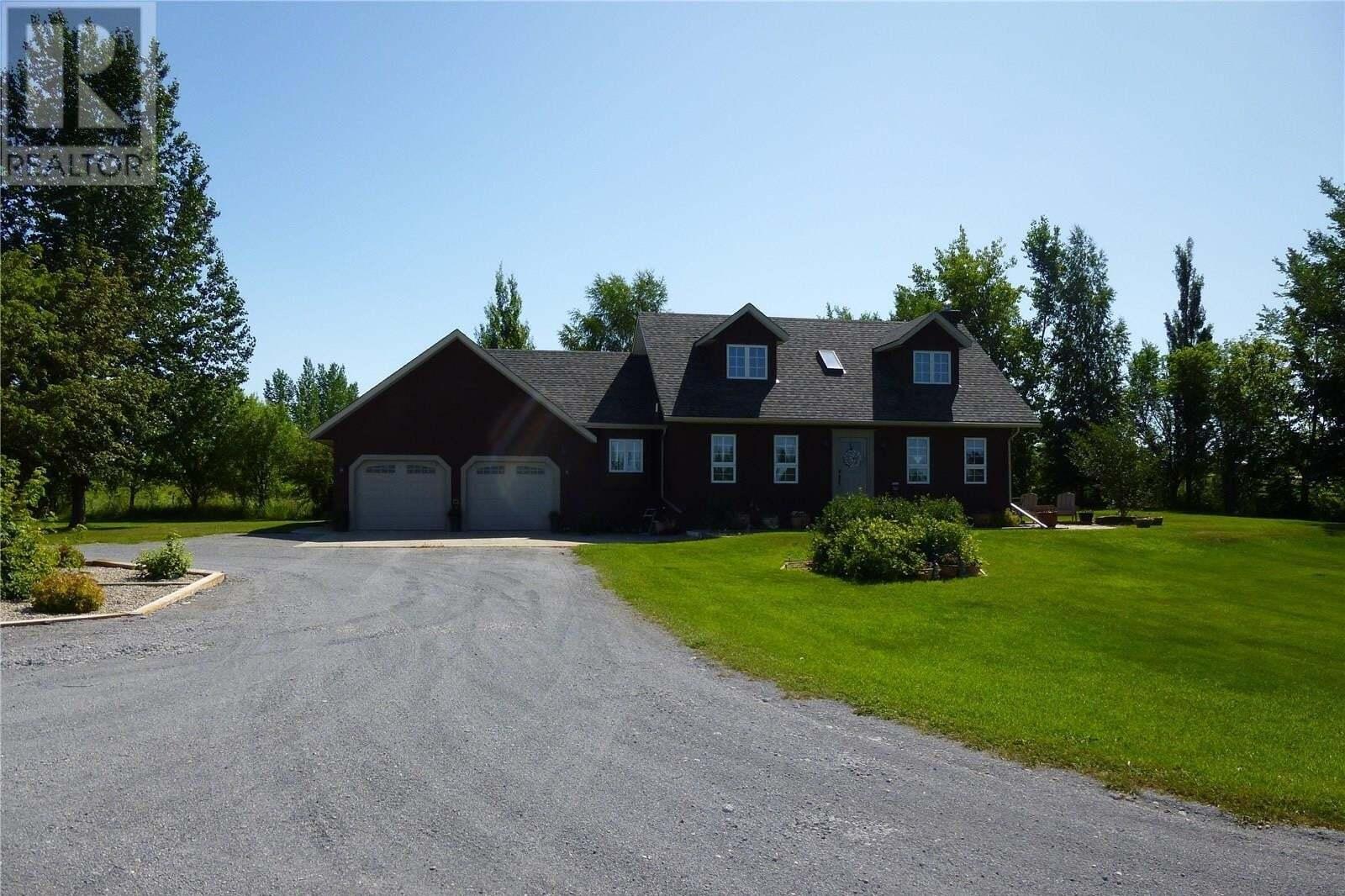 House for sale at 6 Amarillo Ln Pilot Butte Saskatchewan - MLS: SK805399