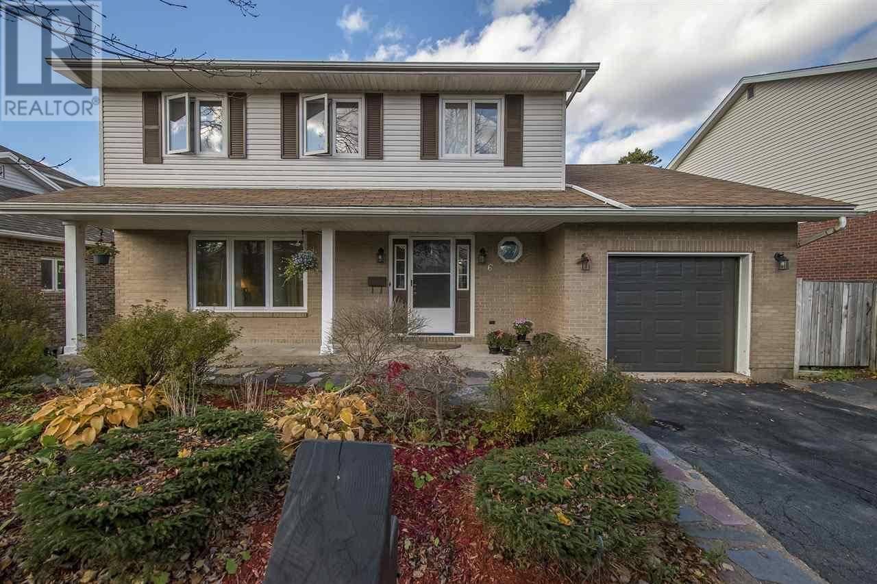 House for sale at 6 Amberwood Ct Halifax Nova Scotia - MLS: 201925991