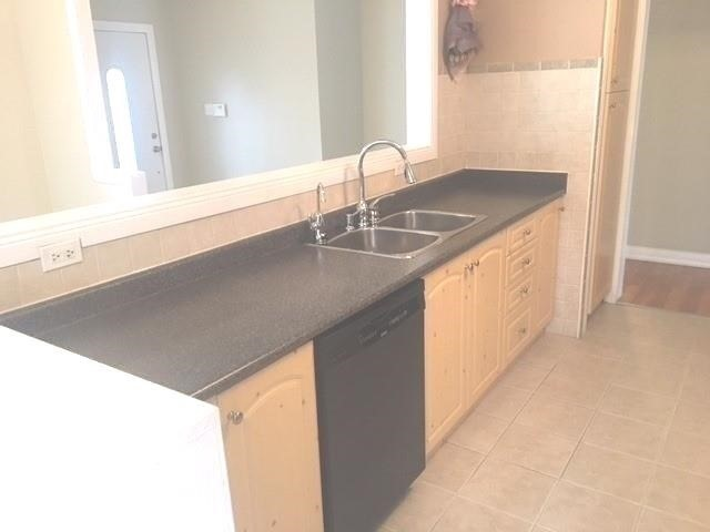 For Rent: 6 Aubrey Avenue, Richmond Hill, ON | 3 Bed, 3 Bath House for $2,250. See 17 photos!