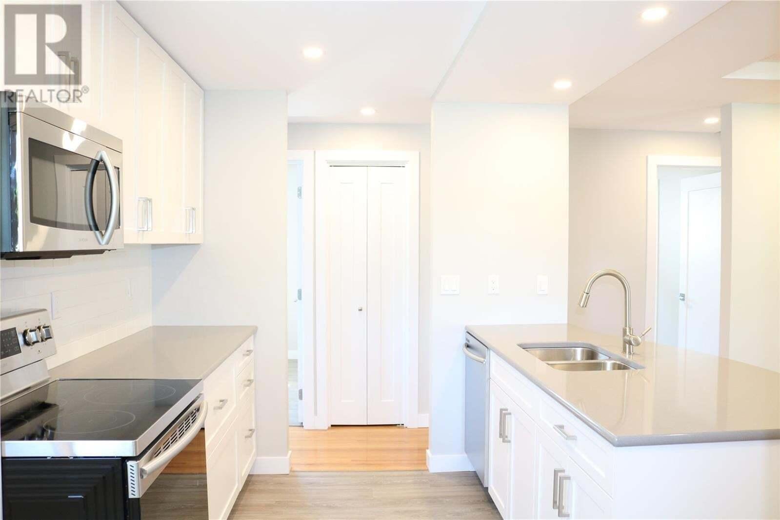 House for sale at 6 Bedford Cres Regina Saskatchewan - MLS: SK819140