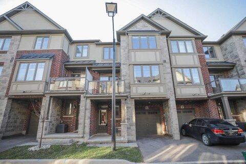 Townhouse for sale at 6 Bird Ln Hamilton Ontario - MLS: X4997379