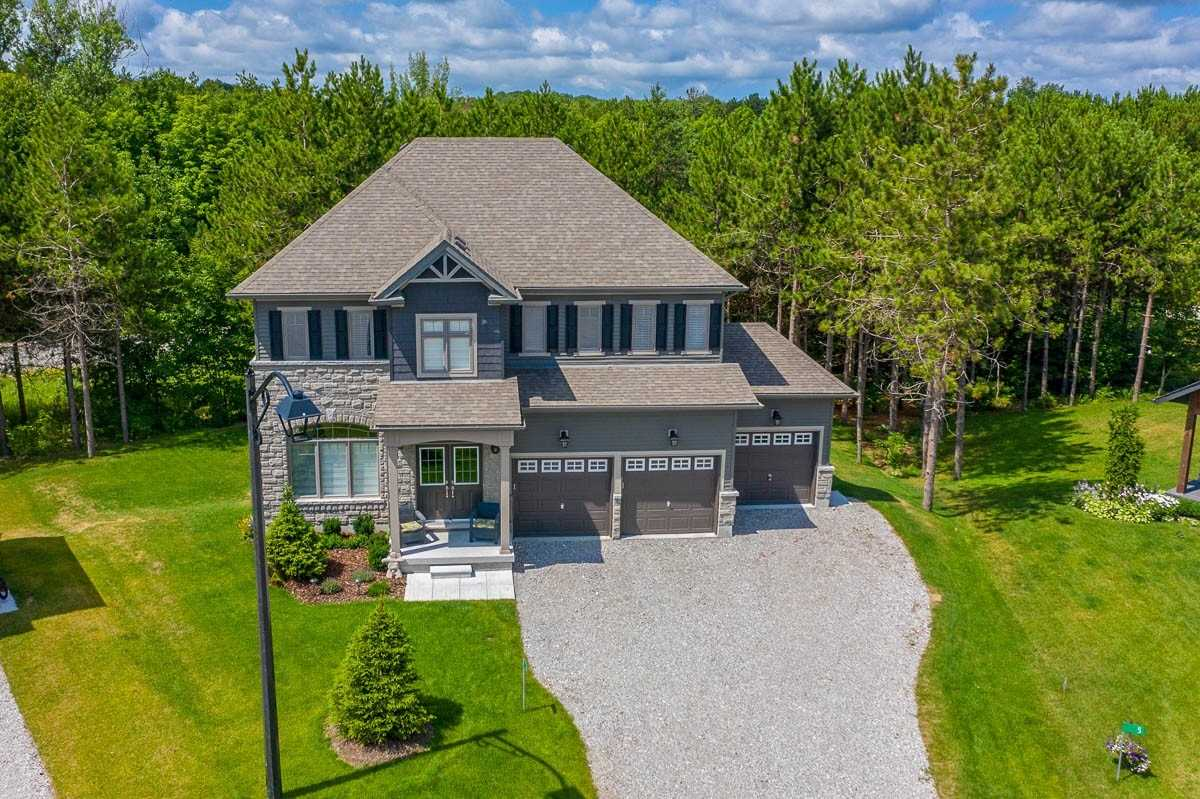 For Sale: 6 Boville Court, Oro Medonte, ON | 4 Bed, 3 Bath House for $828000.00. See 20 photos!
