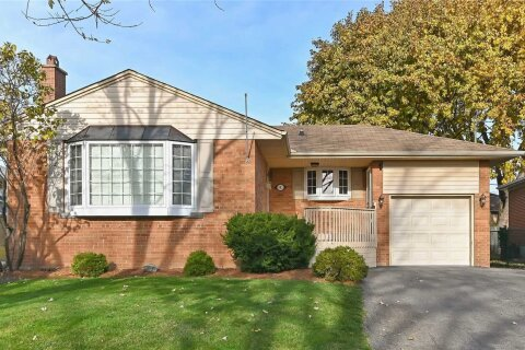 House for sale at 6 Brenda Ave Brampton Ontario - MLS: W4997629