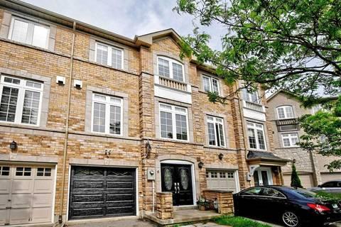 Townhouse for sale at 6 Burgon Pl Aurora Ontario - MLS: N4488682