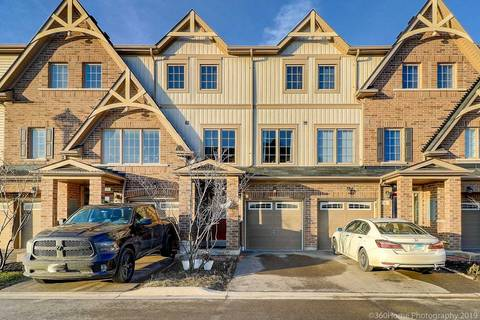 Townhouse for sale at 6 Comfort Wy Whitby Ontario - MLS: E4657805