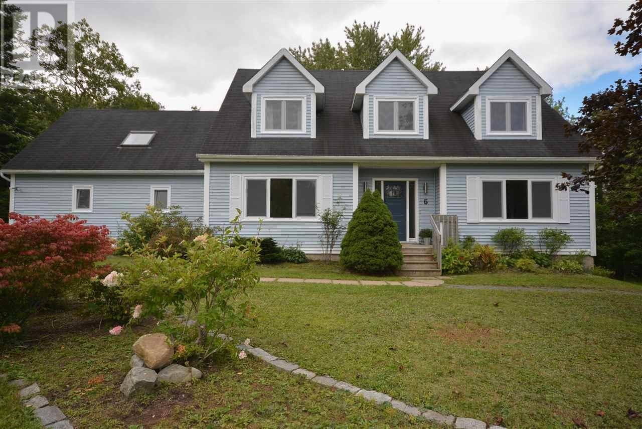 House for sale at 6 Day Hollow Dr Fletchers Lake Nova Scotia - MLS: 201922506
