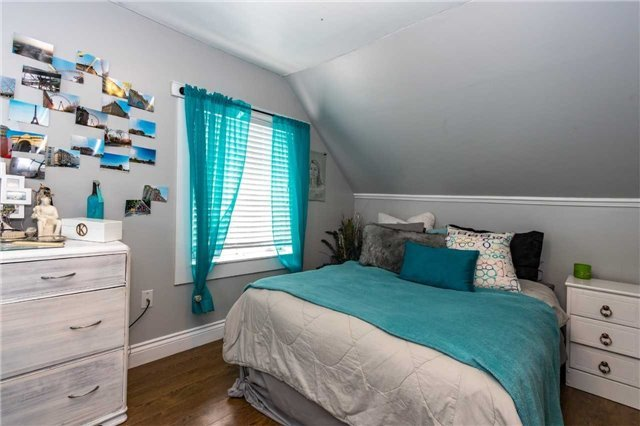 For Sale: 6 Edward Street, Ajax, ON | 3 Bed, 1 Bath House for $459,000. See 20 photos!