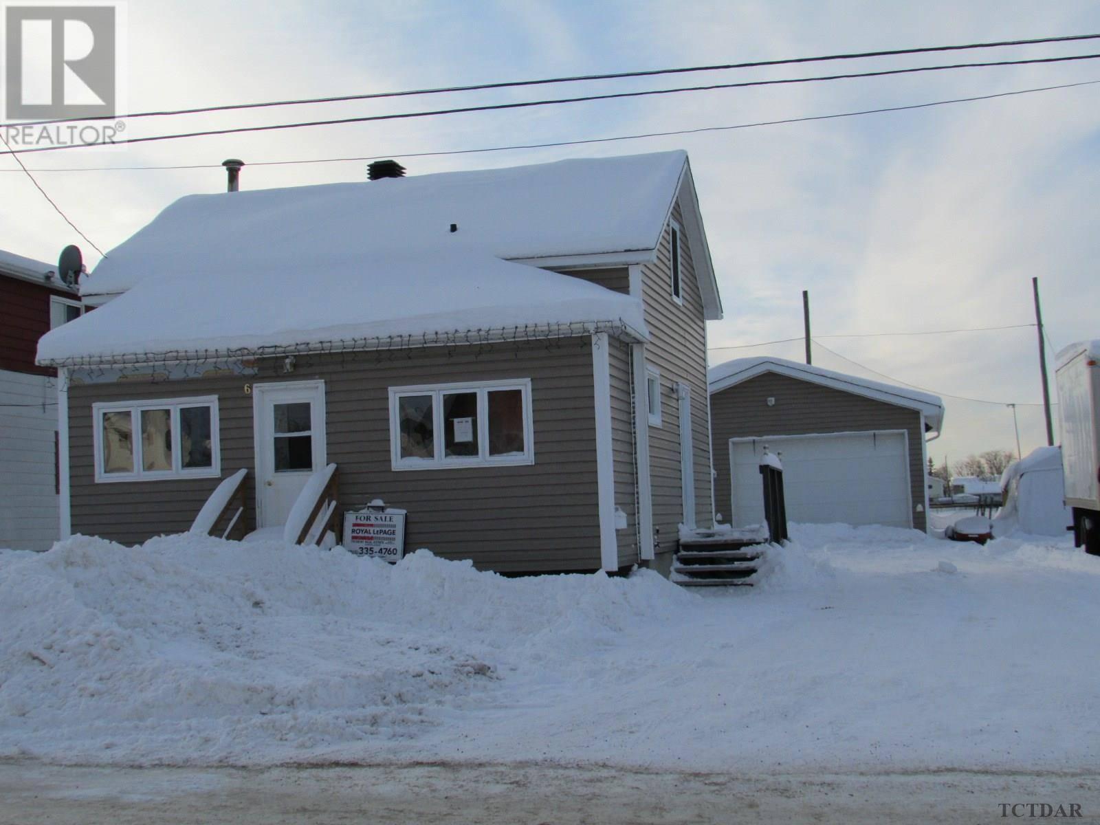 House for sale at 6 Frontenac Cres Kapuskasing Ontario - MLS: TM192509