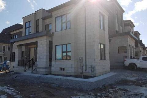 Townhouse for rent at 6 Hilts Dr Richmond Hill Ontario - MLS: N4388206