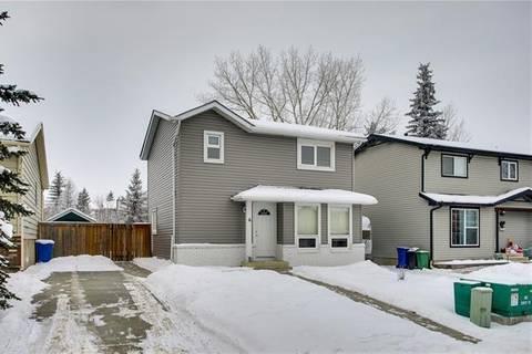 House for sale at 6 Hunters Cres Okotoks Alberta - MLS: C4279359