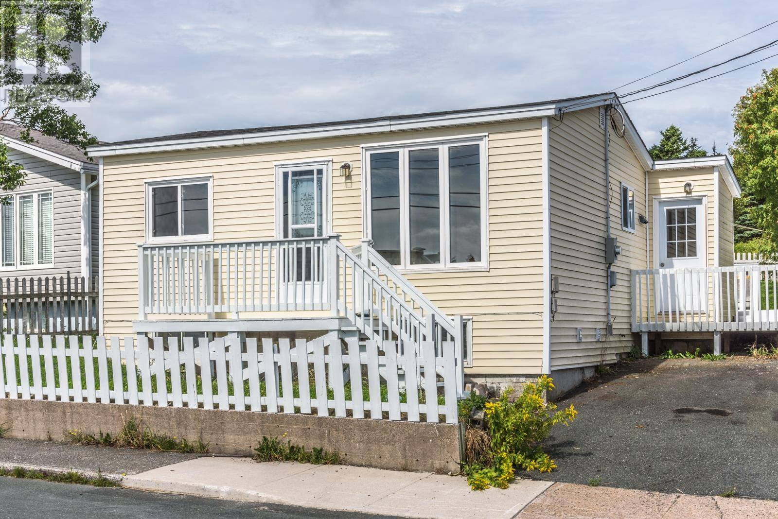 House for sale at 6 Jensen Camp Pl St. John's Newfoundland - MLS: 1202532