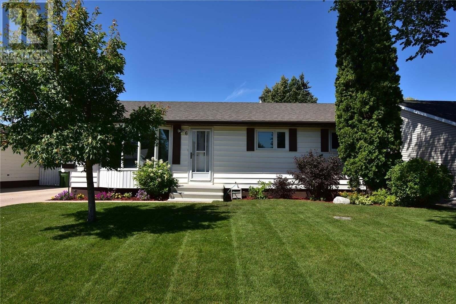 House for sale at 6 Maclean Cres Saskatoon Saskatchewan - MLS: SK819786