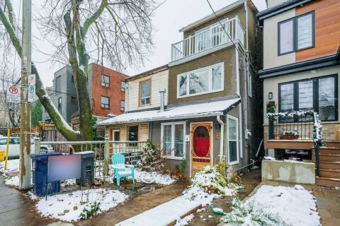 Townhouse for sale at 6 Minto St Toronto Ontario - MLS: C4965667
