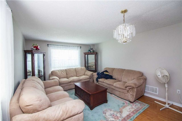 For Sale: 6 Moonstone Court, Brampton, ON | 4 Bed, 4 Bath House for $799,000. See 16 photos!