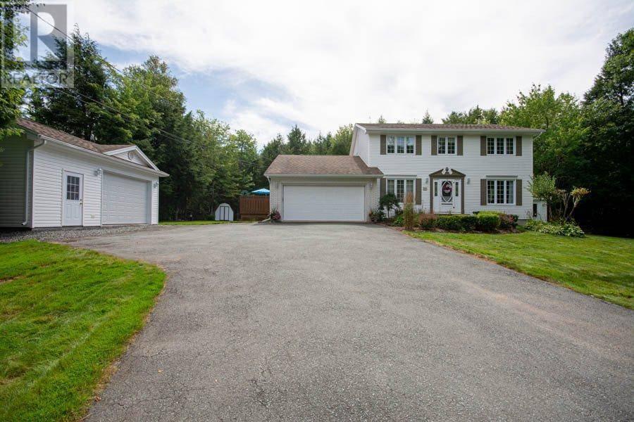 House for sale at 6 Newport Dr Fall River Nova Scotia - MLS: 201926961