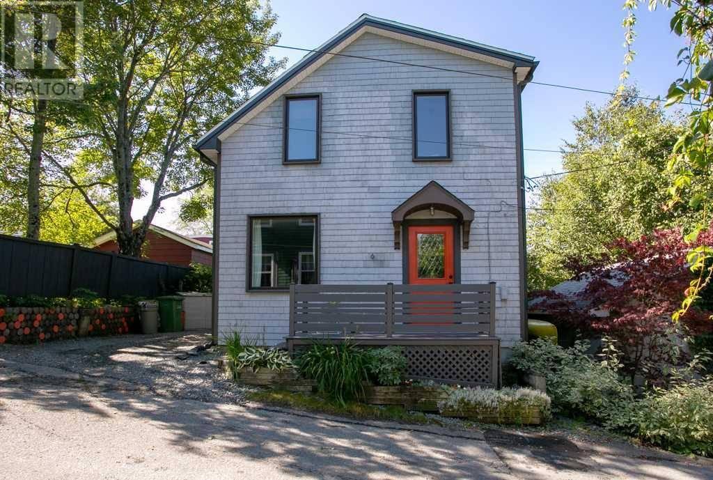House for sale at 6 Park Ln Dartmouth Nova Scotia - MLS: 201921421
