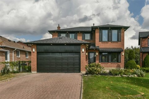 House for sale at 6 Petal Pt Brampton Ontario - MLS: W4966428