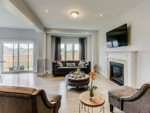 For Sale: 6 Prairie Creek Crescent, Brampton, ON | 5 Bed, 4 Bath House for $1,140,000. See 20 photos!