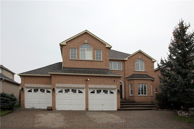 For Rent: 6 Renberg Drive, Markham, ON | 4 Bed, 5 Bath House for $3,500. See 1 photos!