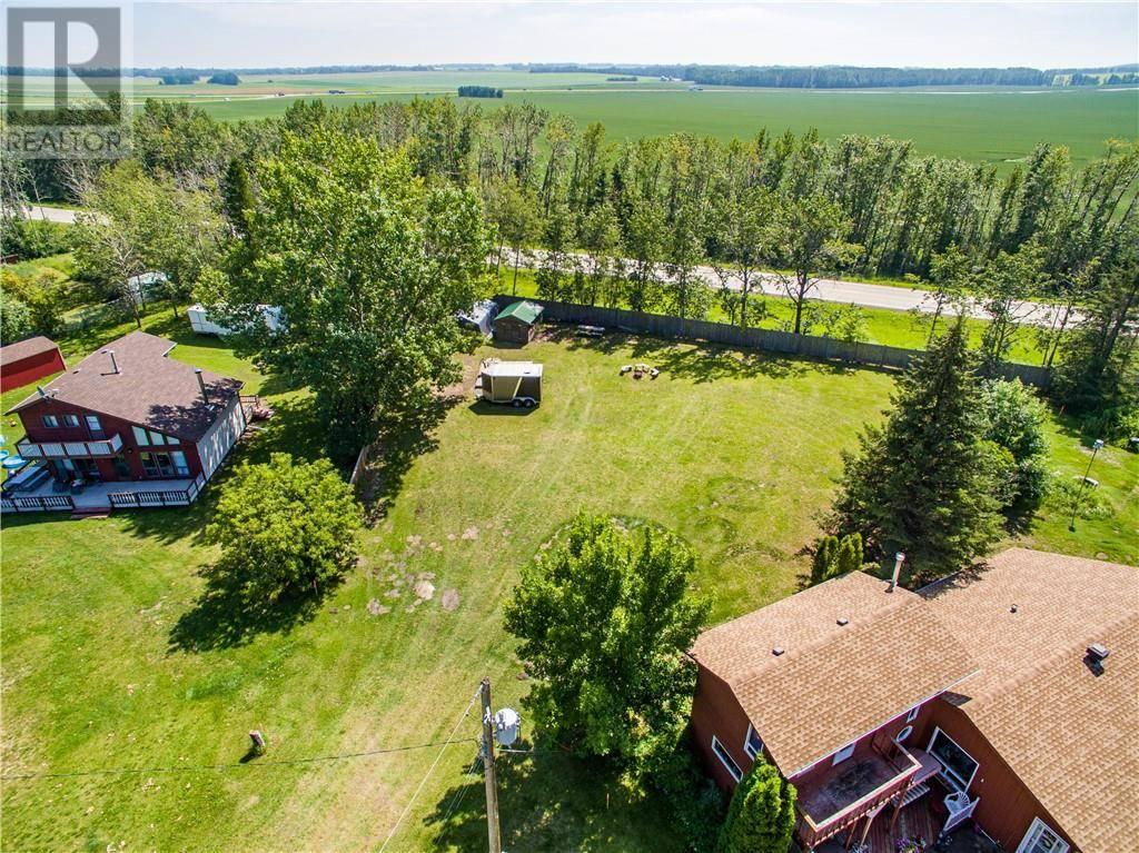 Residential property for sale at 6 Spruce Cs Gull Lake Alberta - MLS: ca0174871