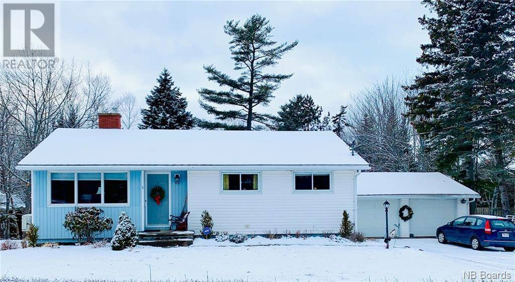 House for sale at 6 Spruce St Rothesay New Brunswick - MLS: NB039121