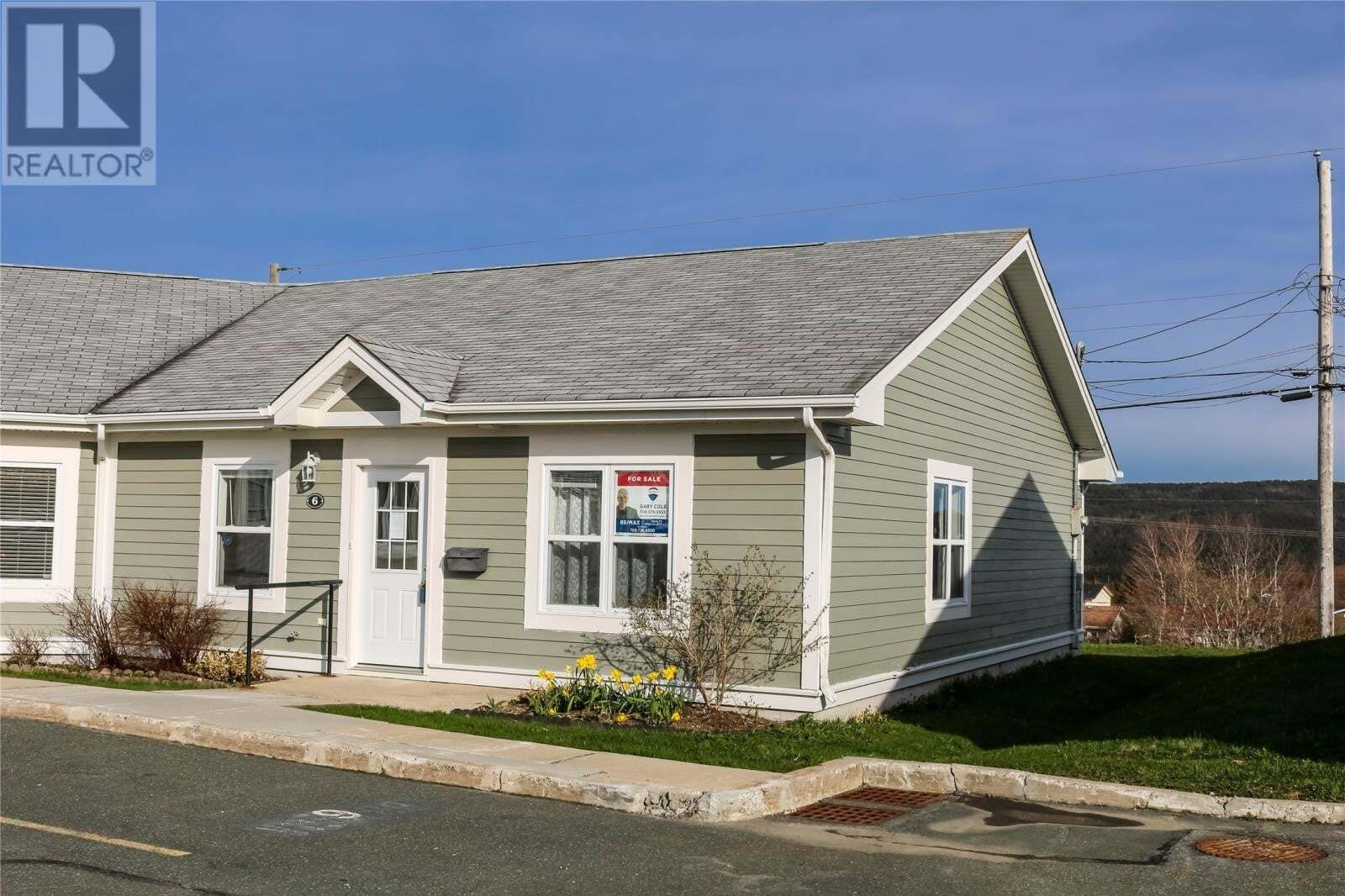 House for sale at 6 Sunchase Ct St. John's Newfoundland - MLS: 1221638
