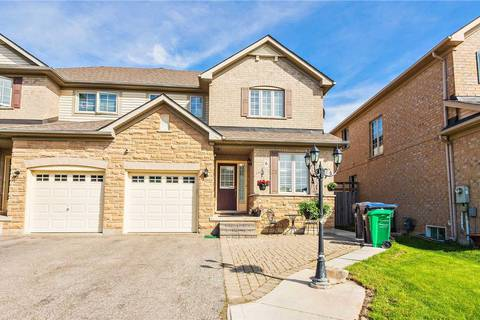 Townhouse for sale at 6 Viceroy Cres Brampton Ontario - MLS: W4482439
