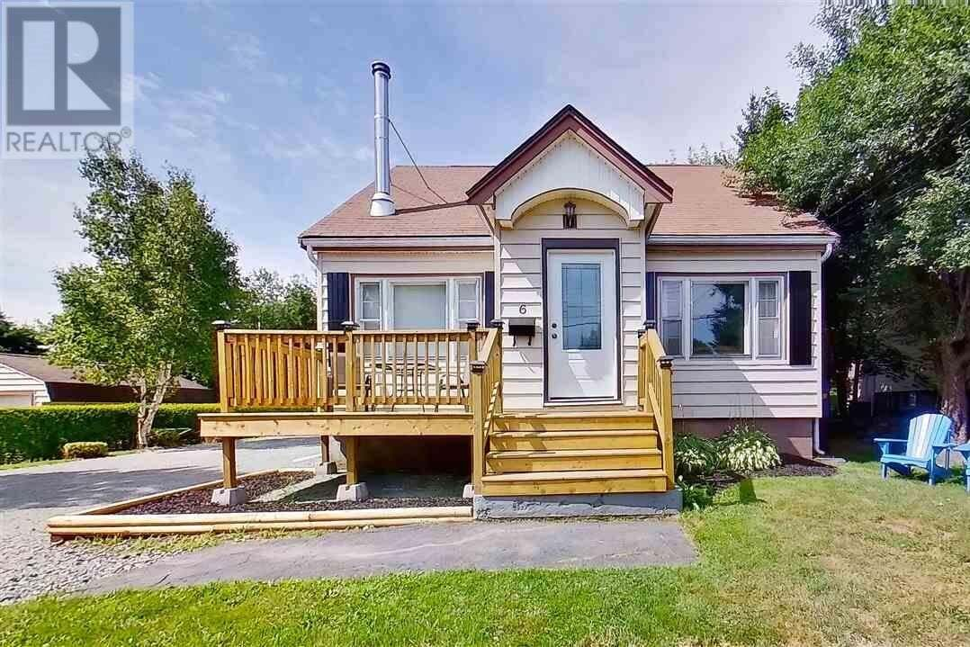 House for sale at 6 Walker St Dartmouth Nova Scotia - MLS: 202015363