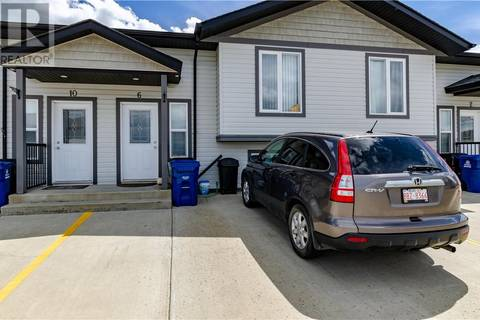 Townhouse for sale at 6 Winston Pl Blackfalds Alberta - MLS: ca0171778
