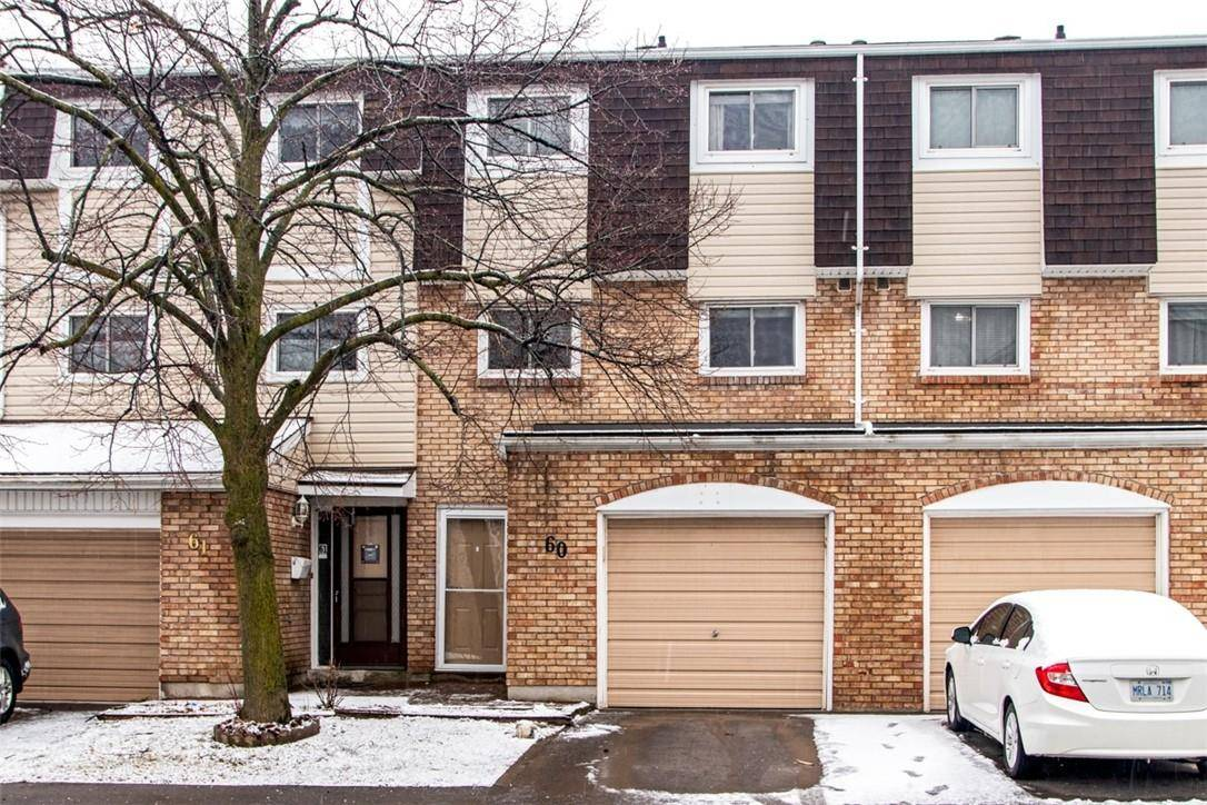Townhouse for sale at 11 Harrisford St Unit 60 Hamilton Ontario - MLS: H4074819