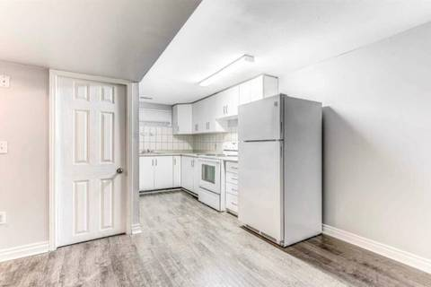 Property for rent at 60 Chatsworth Dr Brampton Ontario - MLS: W4425008