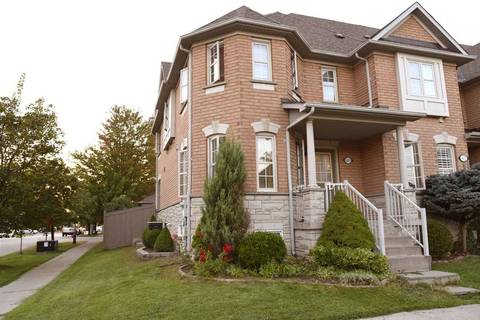 Townhouse for rent at 60 Ellesmere St Richmond Hill Ontario - MLS: N4606116