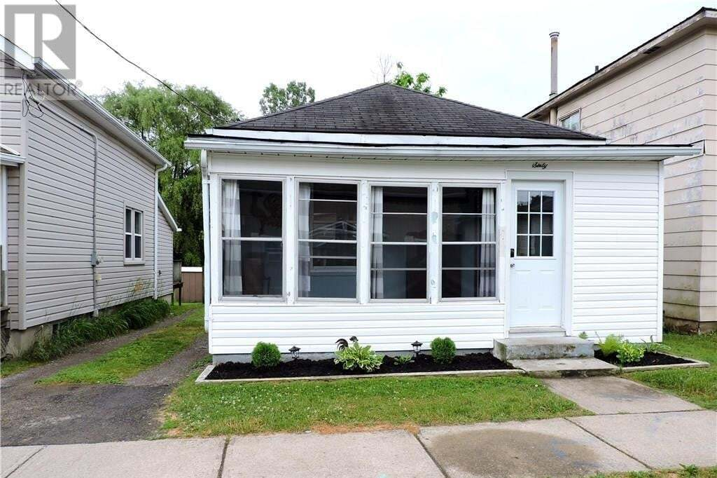 House for sale at 60 Patterson St Simcoe Ontario - MLS: 30816076