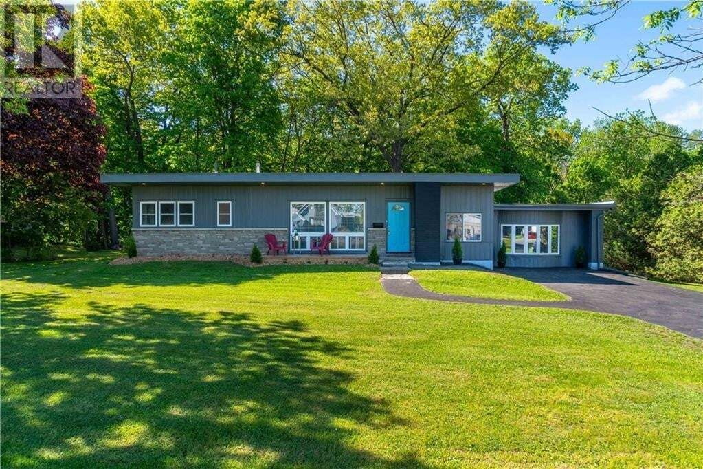 House for sale at 60 Queensway Rd East Simcoe Ontario - MLS: 30809845