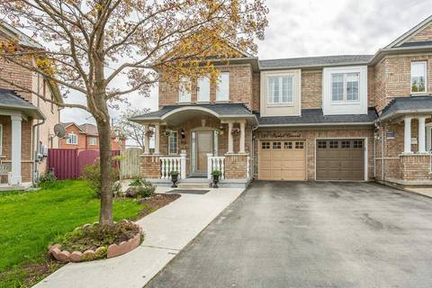 Townhouse for sale at 60 Starhill Cres Brampton Ontario - MLS: W4454204