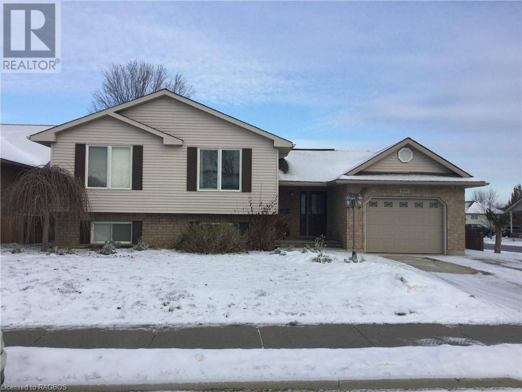House for sale at 600 2nd St Hanover Ontario - MLS: 236255