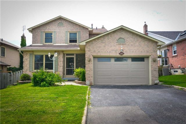 For Sale: 600 Prestwick Drive, Oshawa, ON   3 Bed, 4 Bath House for $649,900. See 20 photos!