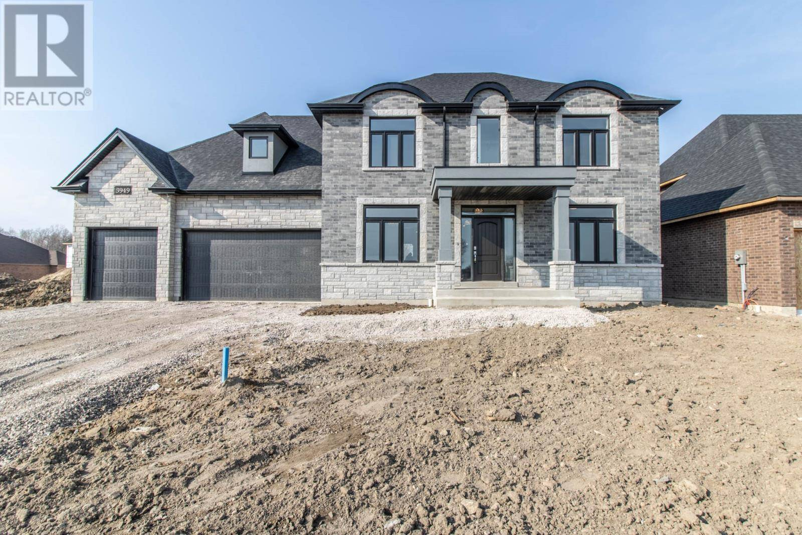 6000 Silver Maple , Lasalle | Image 1