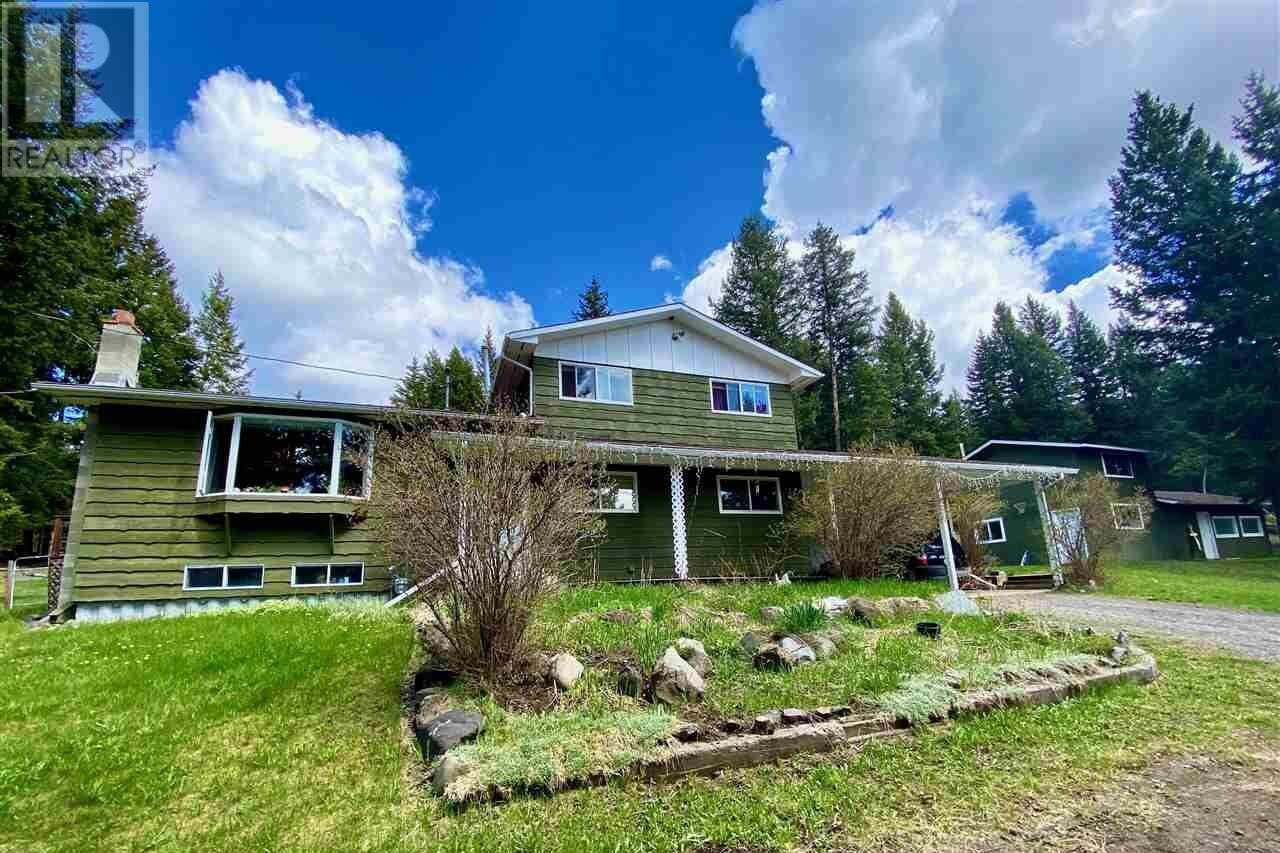 House for sale at 6001 Valleyview Dr Horse Lake British Columbia - MLS: R2457197