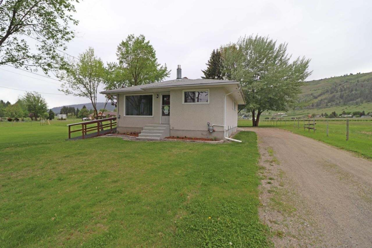 House for sale at 6005 Tower Road  Grand Forks Rural British Columbia - MLS: 2452117