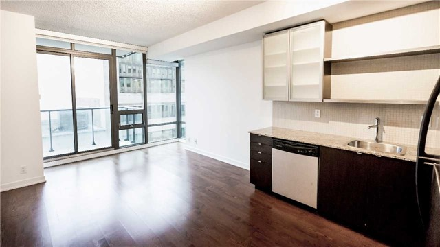 For Rent: 601 - 33 Lombard Street, Toronto, ON | 1 Bed, 1 Bath Condo for $1,900. See 20 photos!
