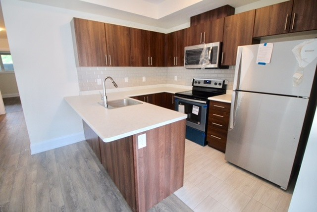 For Sale: 601 - 50 Dunsheath Way, Markham, ON | 2 Bed, 2 Bath Condo for $479,900. See 20 photos!
