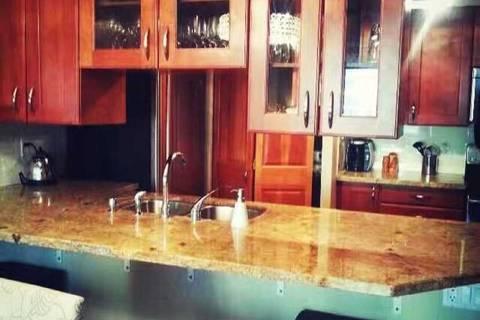 Apartment for rent at 633 Bay St Unit 601 Toronto Ontario - MLS: C4667719