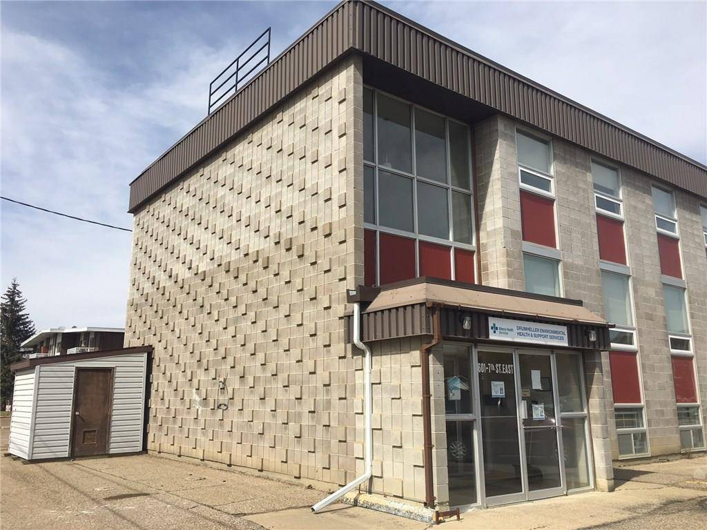 Commercial property for lease at 601 7 St E Drumheller Alberta - MLS: C4226074