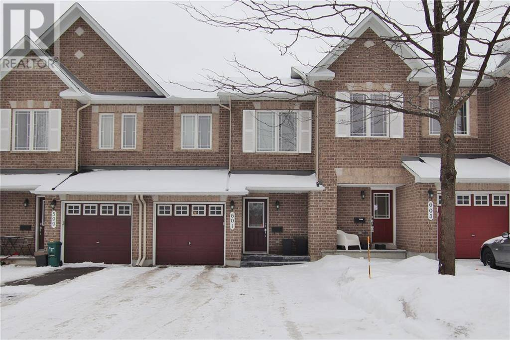Townhouse for sale at 601 Malkowski St Ottawa Ontario - MLS: 1179089