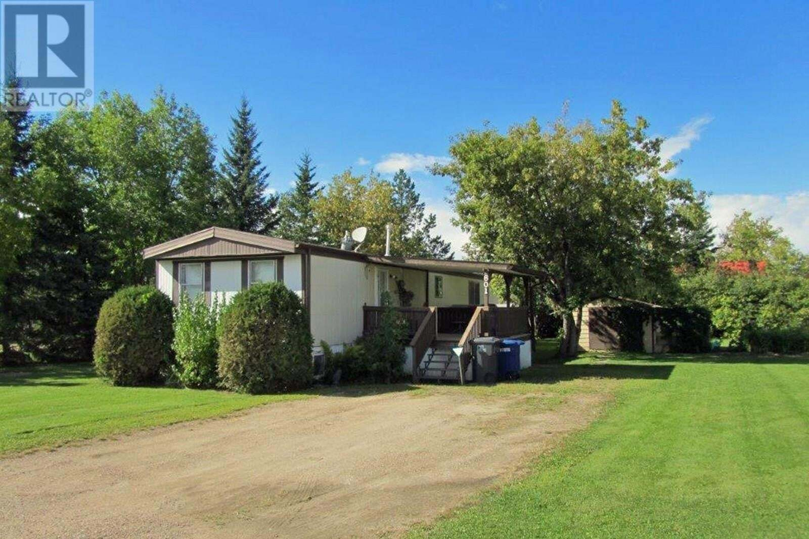Residential property for sale at 601 Sergent Ave Meadow Lake Saskatchewan - MLS: SK824622